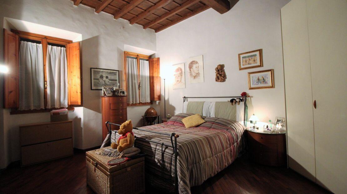 Casa in vendita via romana camera da letto matrimoniale