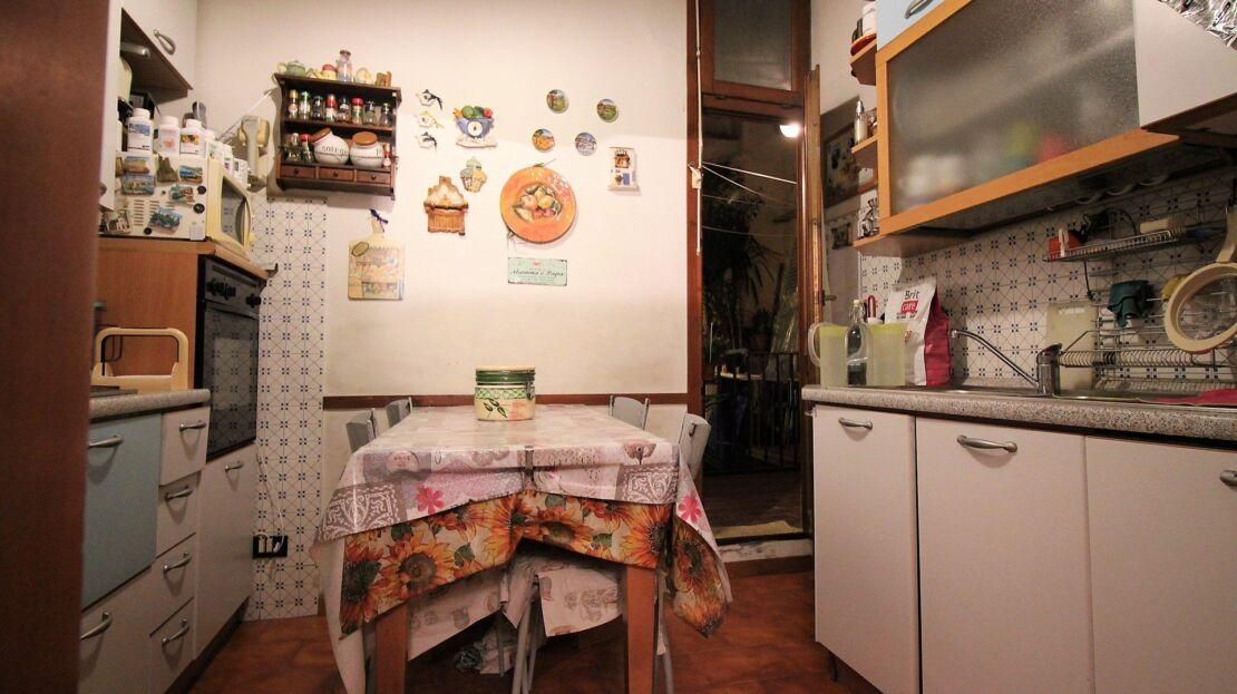 Casa in vendita via romana cucina