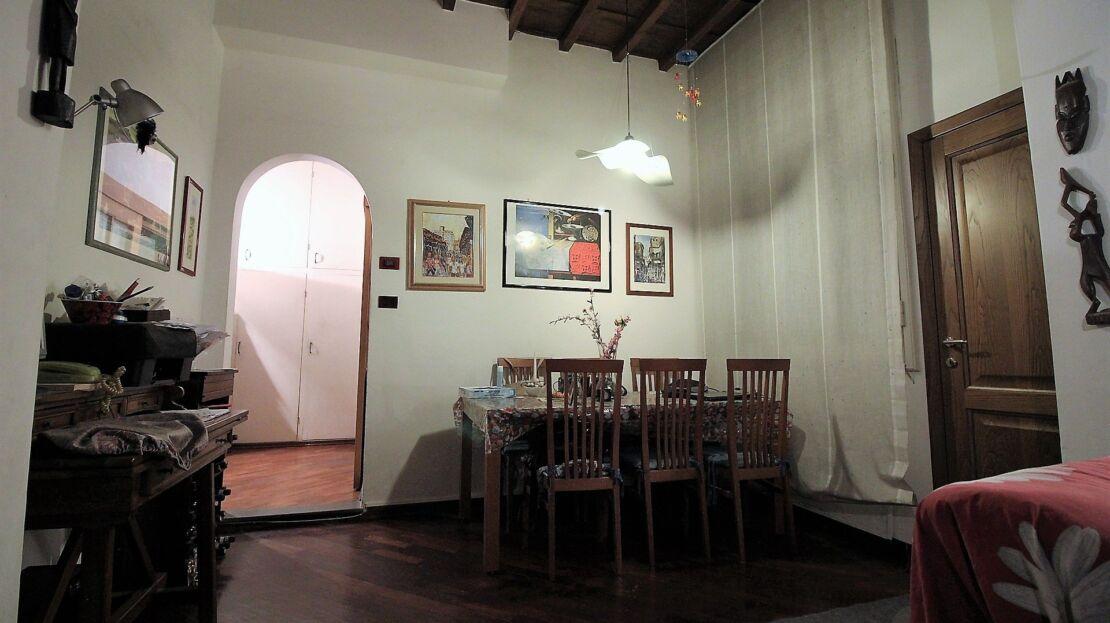 Casa in vendita via romana salotto