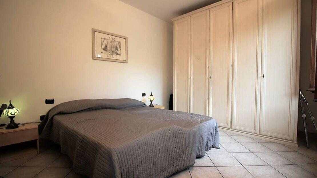 Casa in vendita in via Cavour Camera da Letto