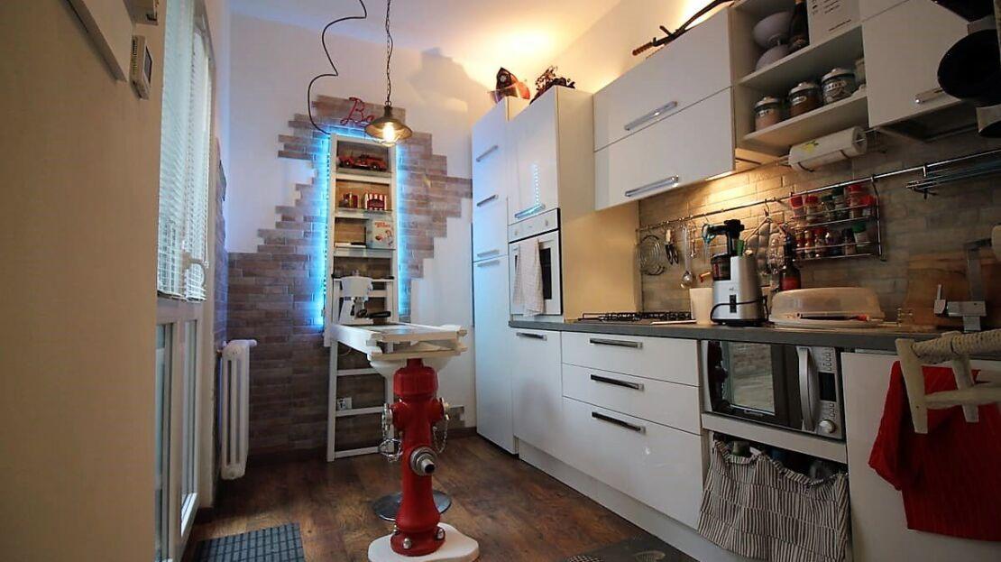 Casa in vendita nei pressi di piazza d'Azeglio Cucina