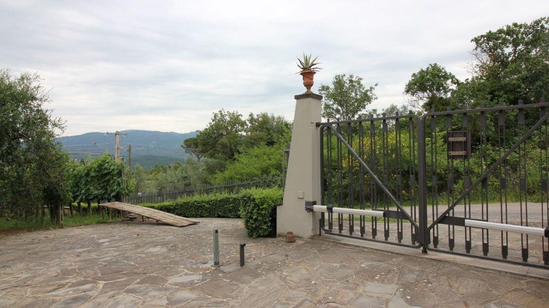 Villa in vendita nei pressi dell'Ugolino Esterno