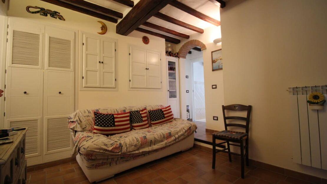 Casa in vendita in via Monte alle Croci a Firenze Soggiorno