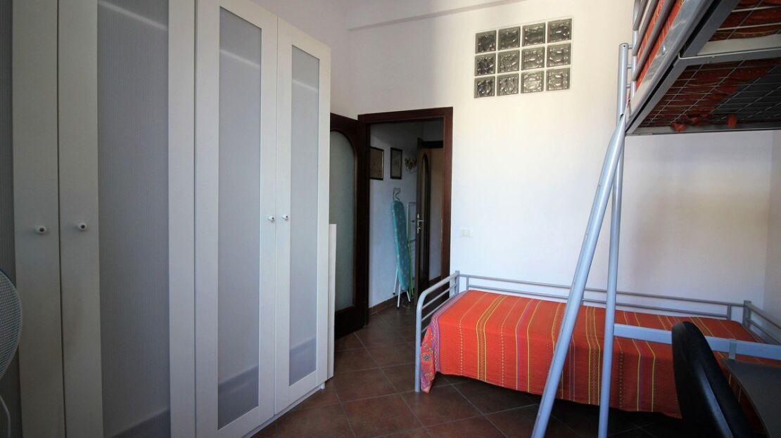 Casa in vendita nei pressi di San Lorenzo Camera da Letto