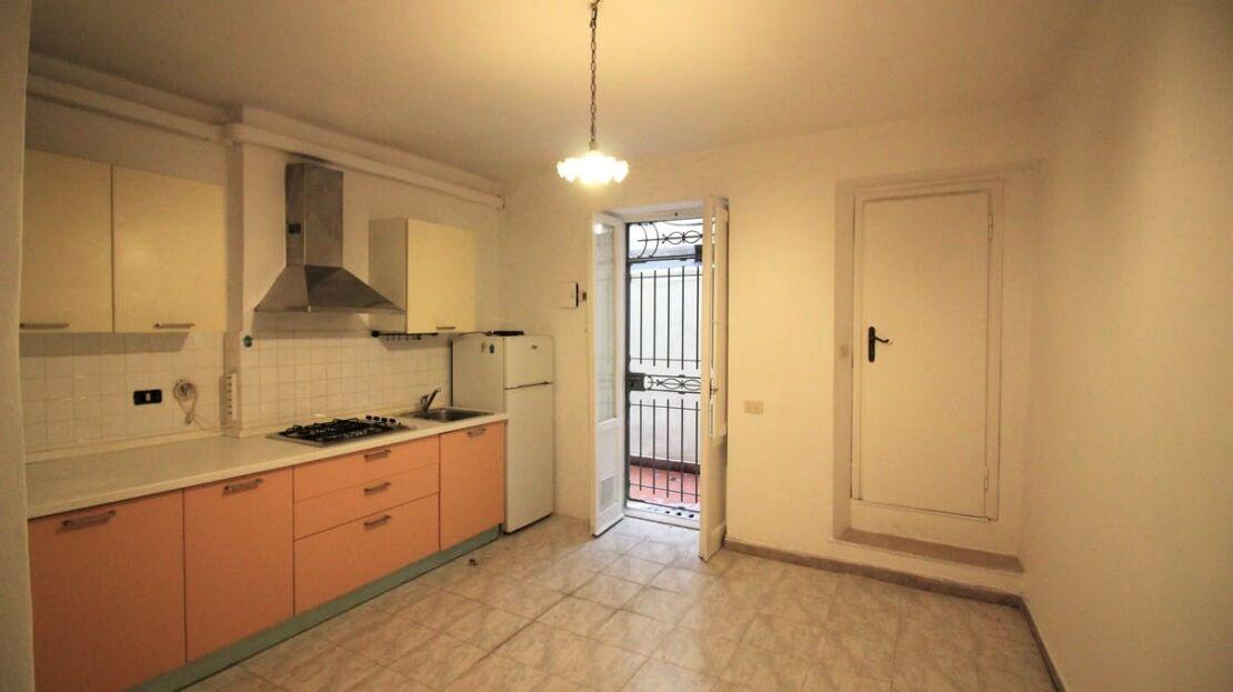 Casa in vendita nei pressi di Sant'Ambrogio