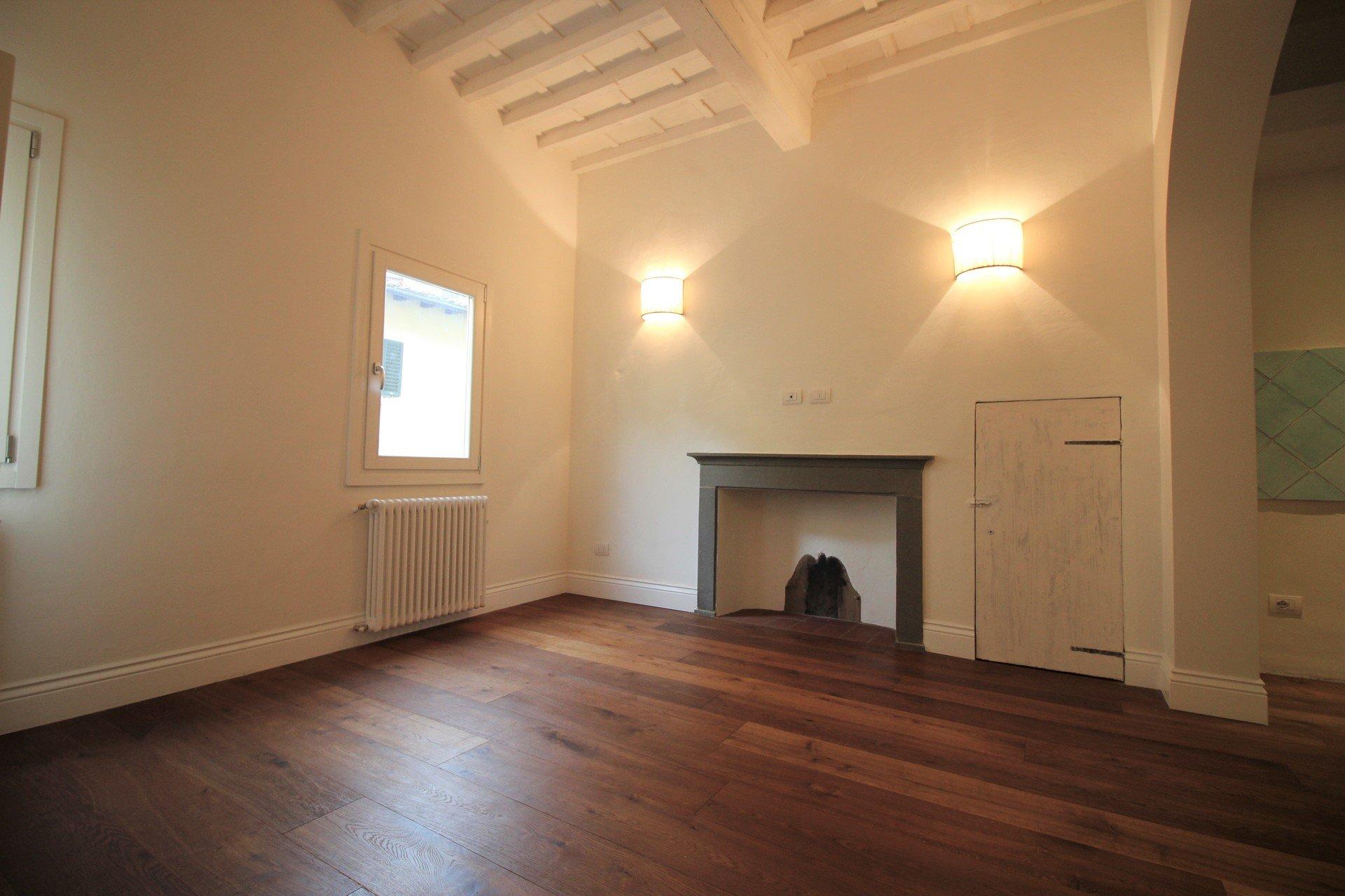 Four-room apartment in Santo Spirito