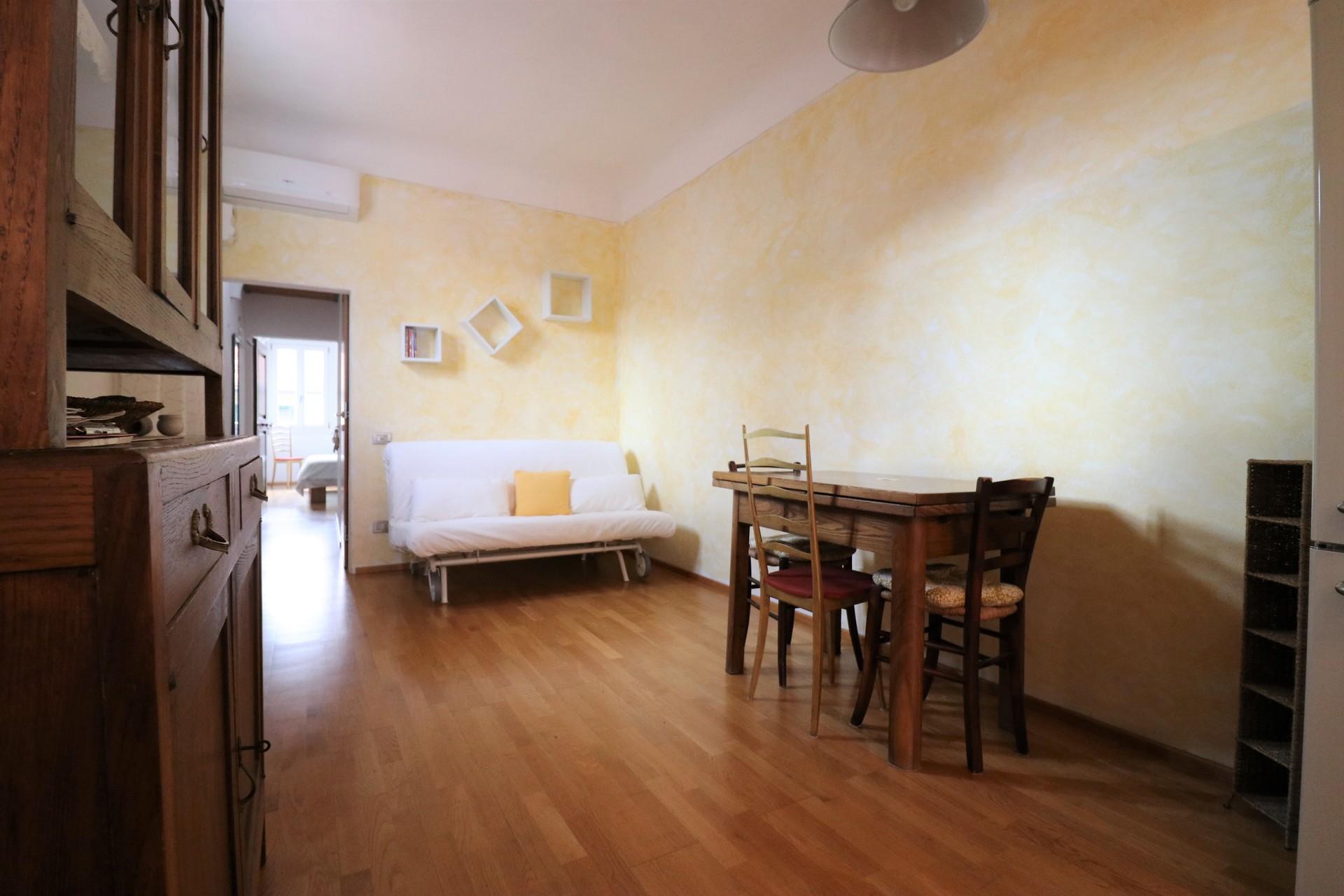Casa in vendita in via Santa Reparata | Homes in Florence Real Estate