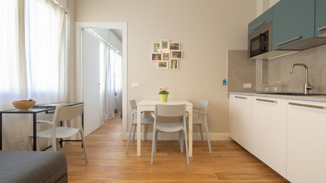 Two-room apartment in Via Aretina