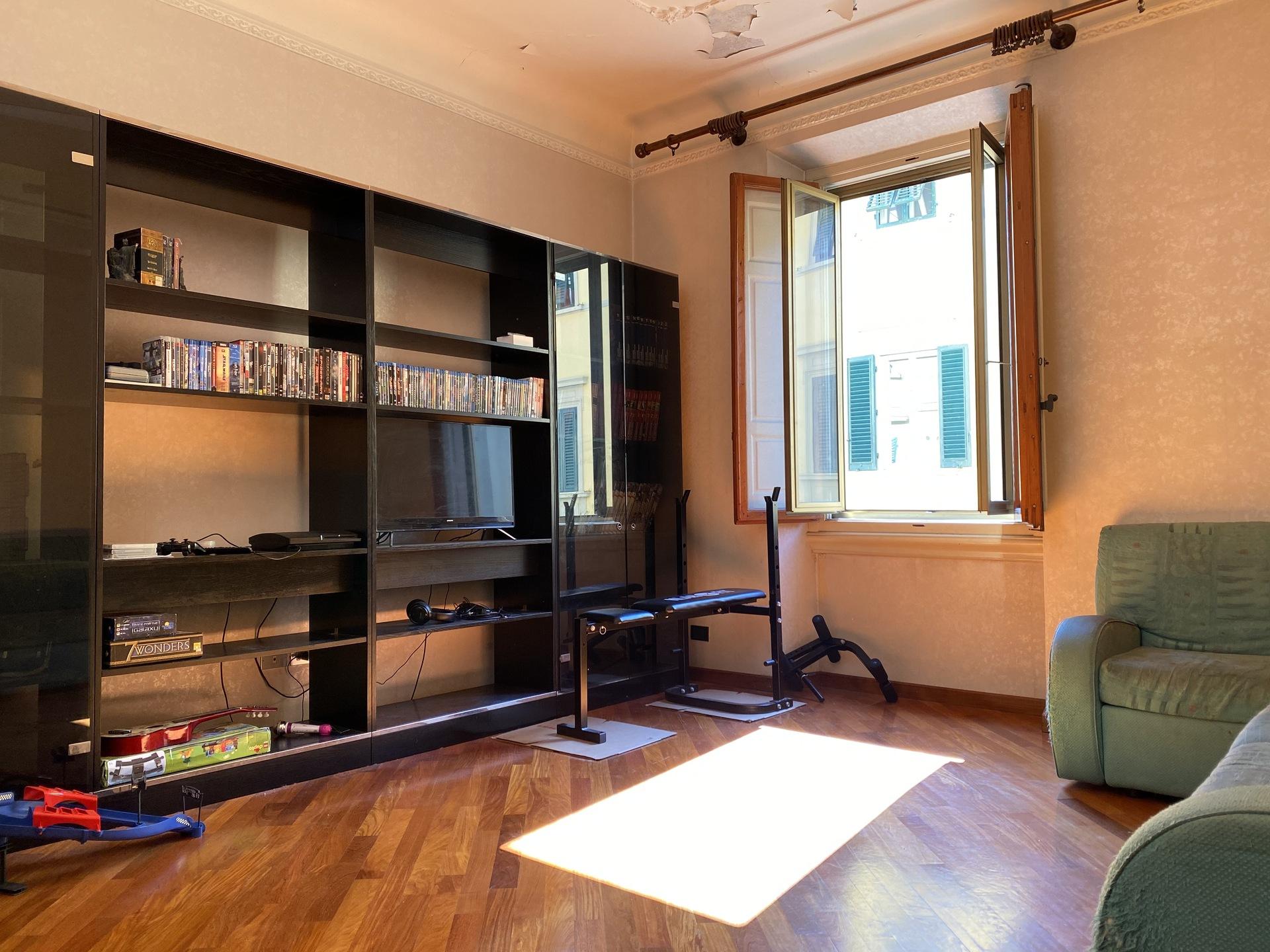 Apartment in Via Andrea del Sarto plan