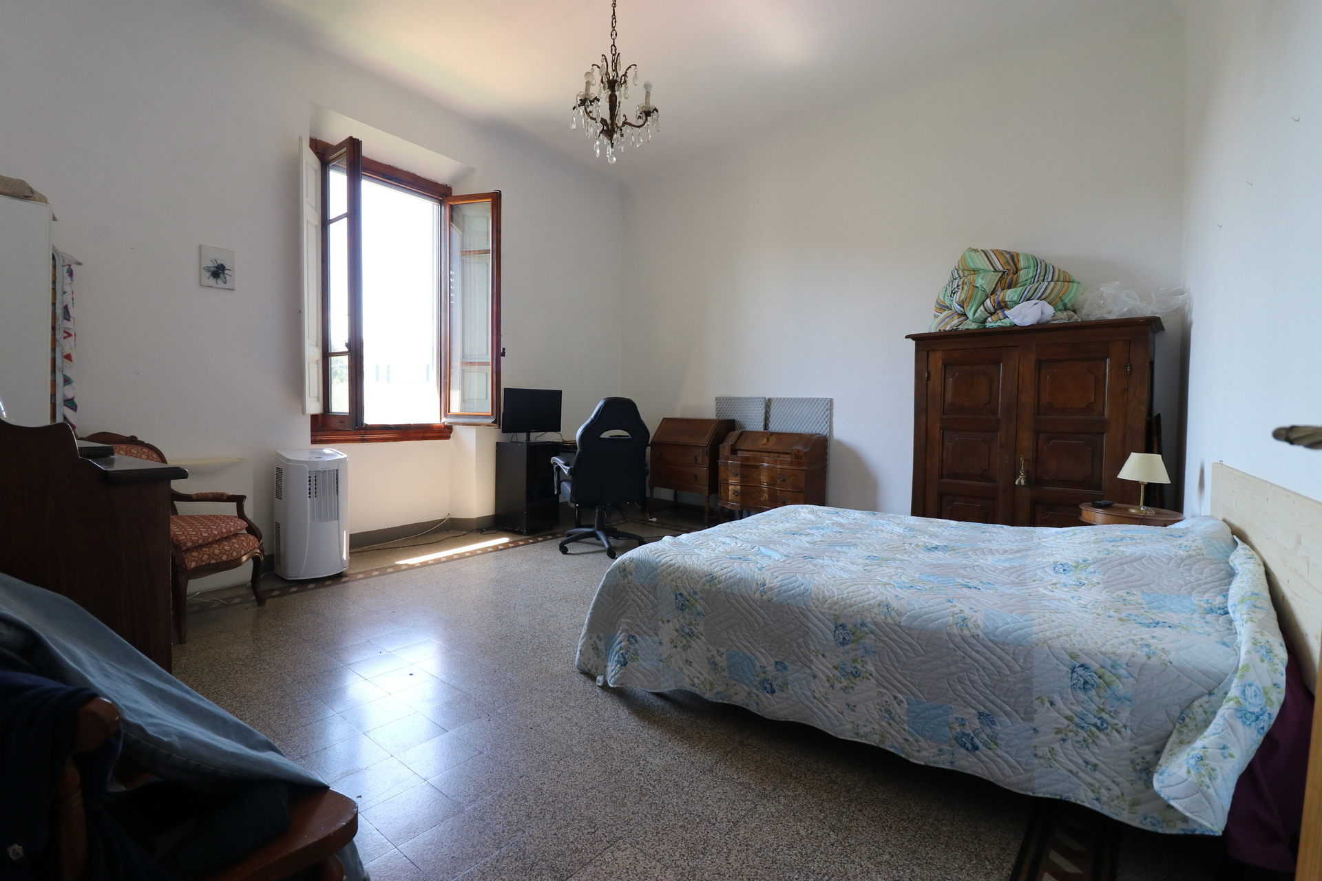 Apartment near Piazza Oberdan