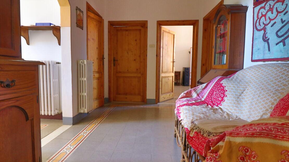 Apartment near Piazza Oberdan